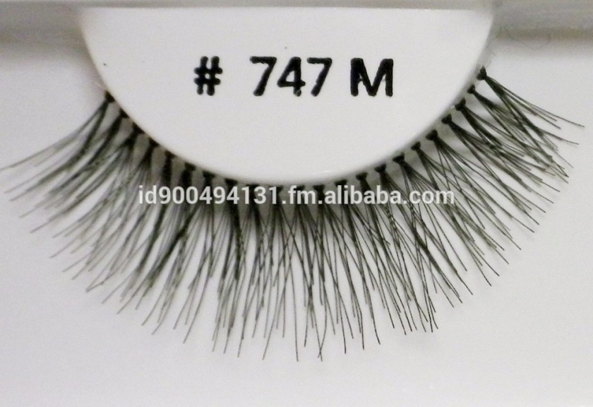 Natural-False-eyelashes